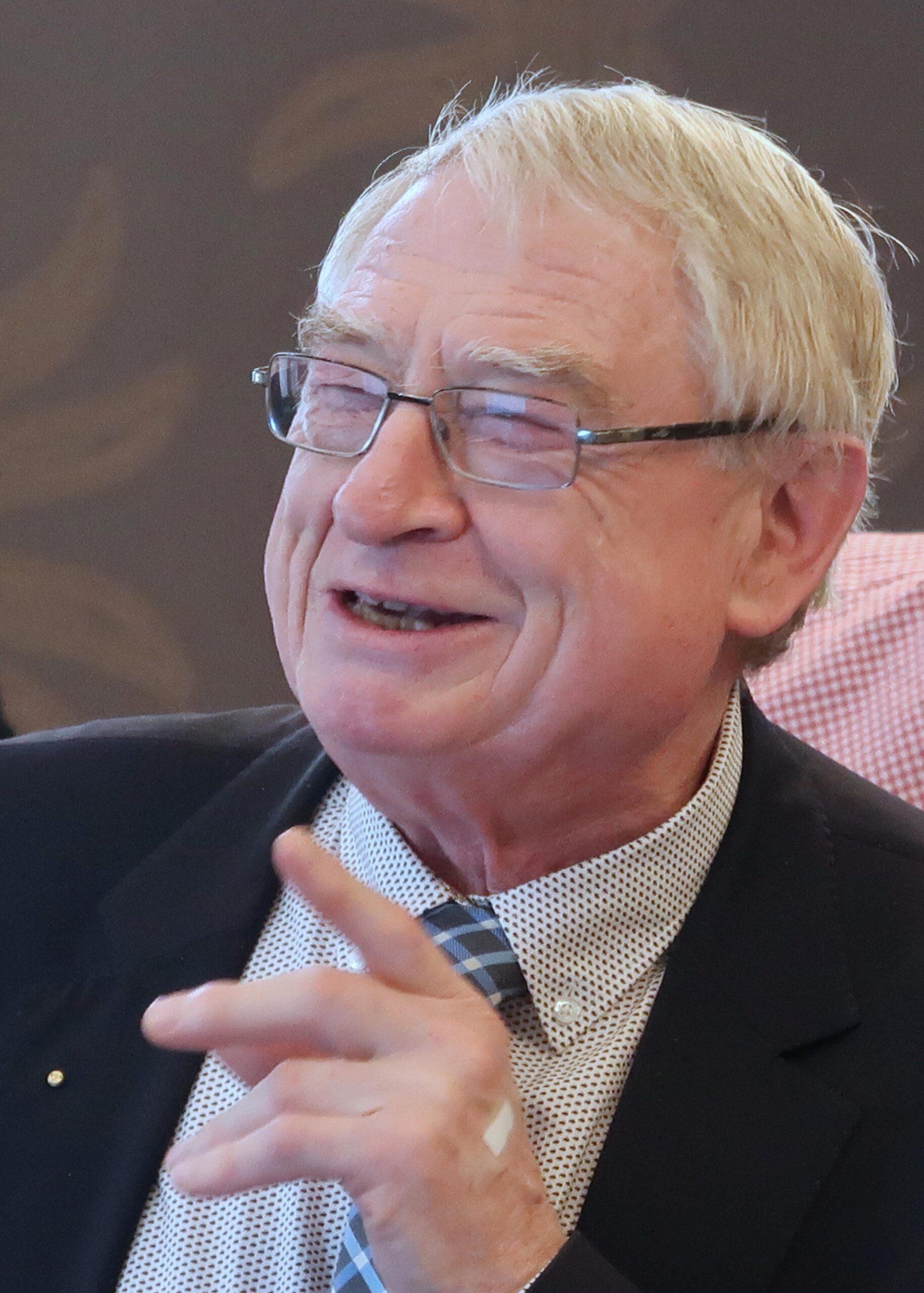 Mr. Gérard CHEUTET